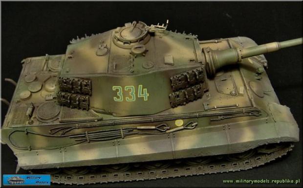 Tygrys Królewski z wieżą Henschel 1/35 Dragon - Gulumik