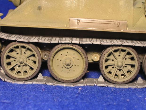 Su85 RC 1-25 scale