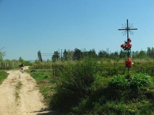 Na Skarpie Dobrskiej #droga #krzyż