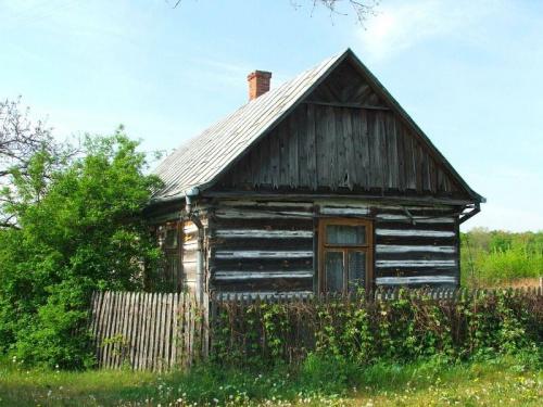 Stary dom w Stanisławowie #Stanisławów #dom #chata